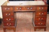 Антикварная мебель стол письменный за 40000.0 руб